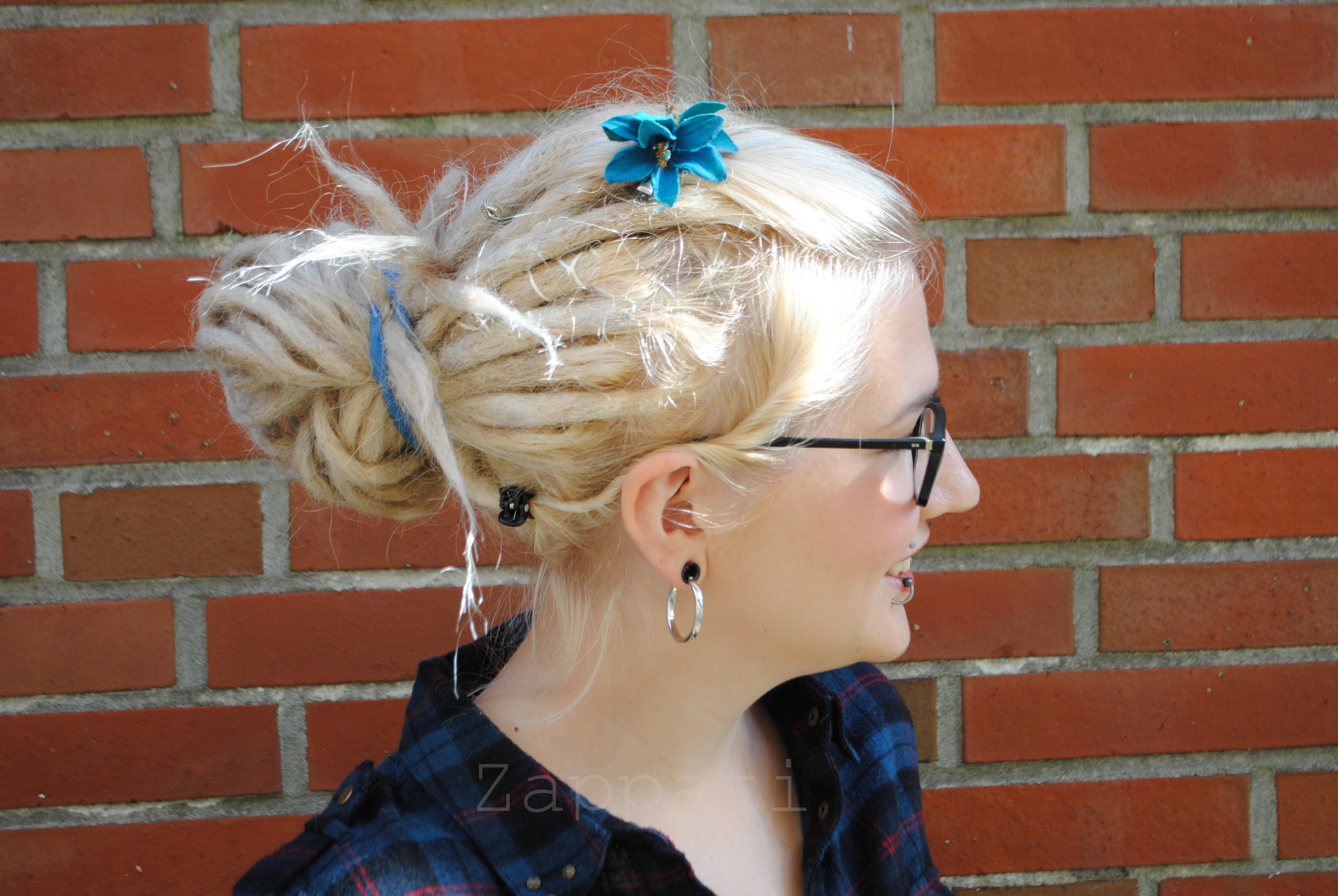 Frisuren mit pony nach hinten